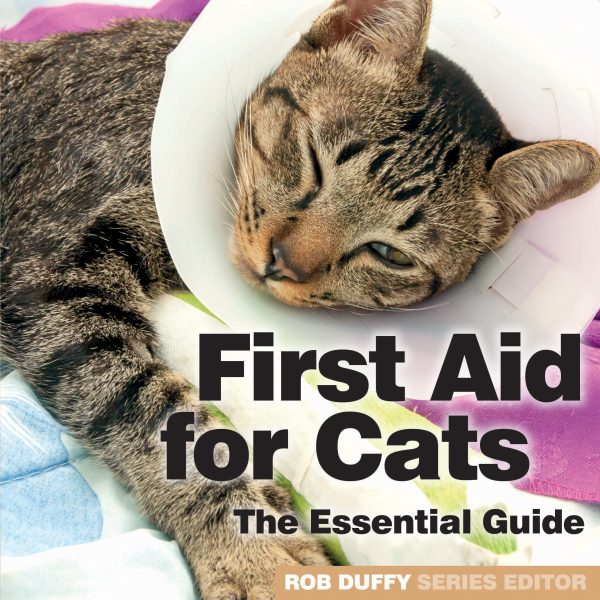 C1_First Aid for Cats – The Essential Guide_COVER